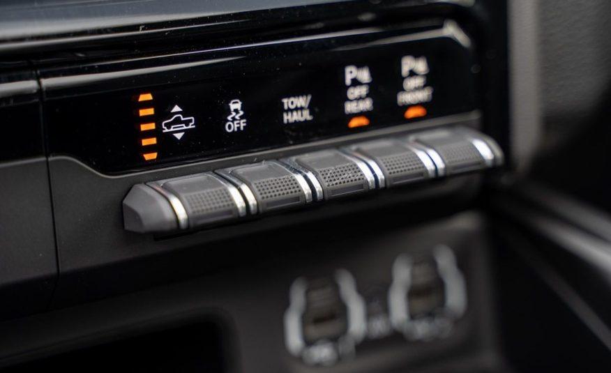 Dodge Ram 1500 SPORT Night Edition 2020 – V8 5.7L HEMI – CrewCab – TVA récup A69/ALP – NEUF